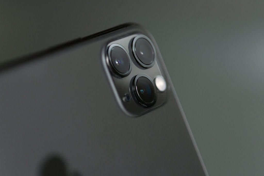 Какой выбрать iPhone в 2021 году